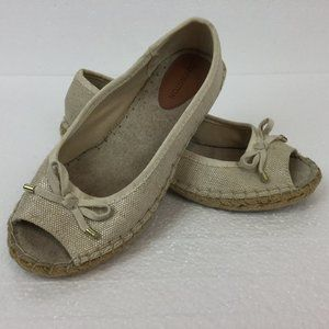 NEW Covington canvas Espadrilles Flats Bow